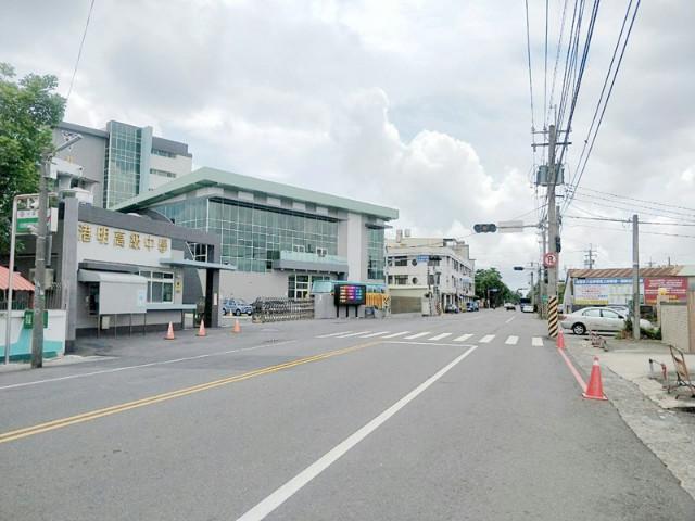 西港惜售資材室,台南市西港區中港