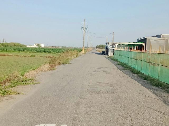 西濱旁農廠,台南市將軍區將軍段